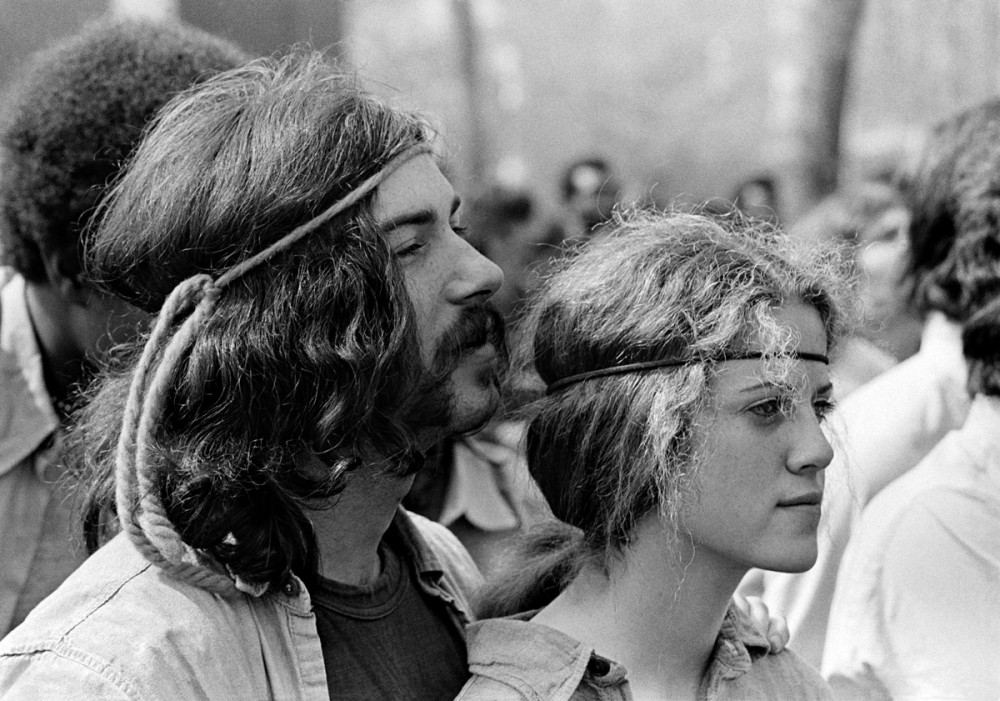 Couple, New Haven Green, May Day 1970