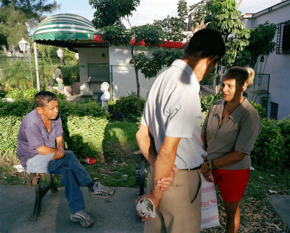 Porvenir bus stop, between Calles A and B, Lawton, Havana, October 13, 2002
