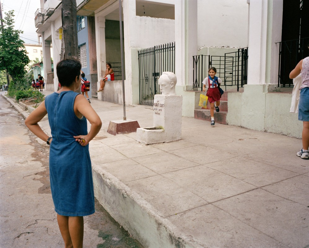 Mártires de Goicuría School, N and Melones, Luyanó, Havana, October 14, 2002